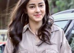 Who is father of Ananya Pandey?