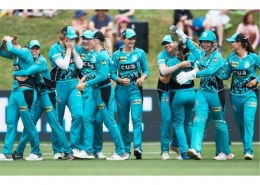 Which team won the maiden women's Big Bash title?