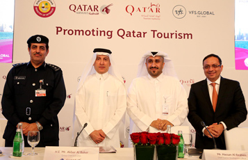 From left to right: Lieutenant Colonel Muhammad Rashid Al Mazroui, Director of the Airport Passports Department; H.E. Mr. Akbar Al Baker, GCEO of Qatar Airways; Mr. Hassan Al Ibrahim, Chief Tourism Development Officer at Qatar Tourism Authority; Mr. Zubin Karkaria, CEO of VFS Global; in a group photo after the announcement.