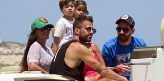 Lionel Messi and Cesc Fabregas on family holiday