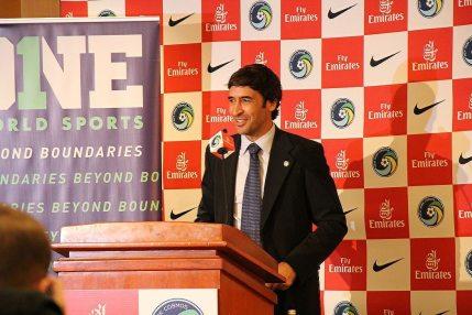 Raúl comienza su presentación como nuevo jugador del NY Cosmos