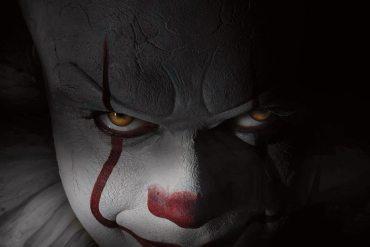 Bill Skarsgård como Pennywise en la nueva película IT
