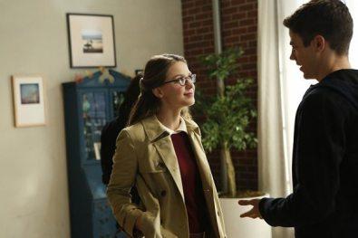 supergirl-season-2-medusa-crossover-image-8