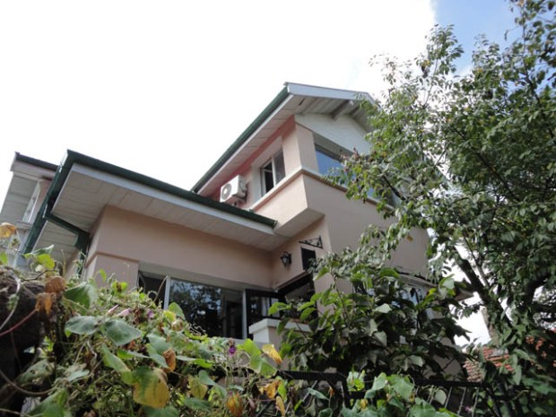 Qingdao Photos Taipingjiao House