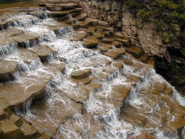 Qingdao Photos Laoshan Waterfall