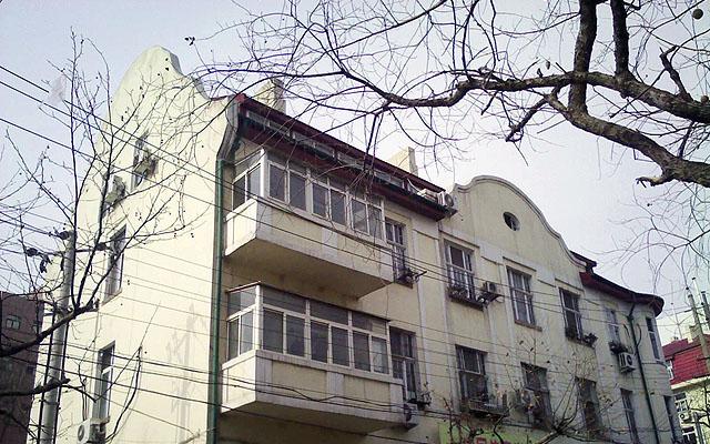 Yu Dafu Famous Chinese Author in Qingdao