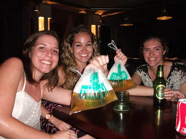 Impressions of Qingdao Lindsay Brewery Beer Bag