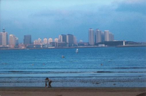 Qingdao Photos Da Wei Beach Walk