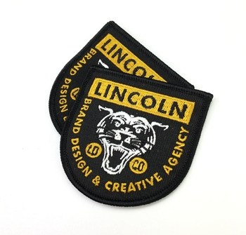 Custom Fabric Embroidered Patch Badges Sew on Embroidery Patches Clothing Woven Patch