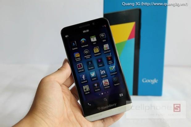 blackberry-z30-a10-tai-viet-nam-cellphones.jpg-13-1376378488