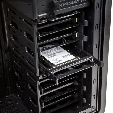 Xigmatek Midguard III  drives