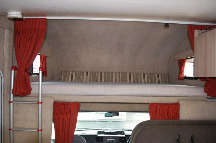 2011 Talvor Keppel 6 berth Motohome full