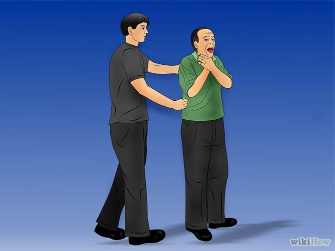 Maniobra de Heimlich paso 3