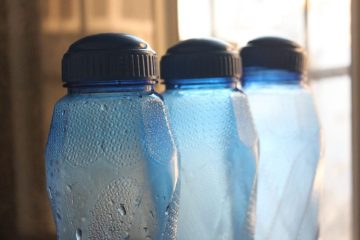 bottle_plastic_container_water_chilled_blue_liquid-1022328.jpg!d