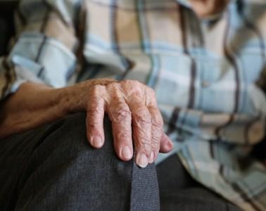 personas mayores abuso maltrato