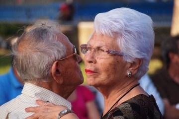 felicidad envejecer
