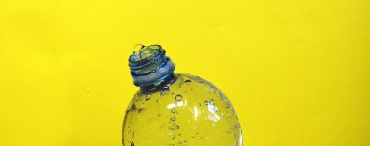 botella agua plastico