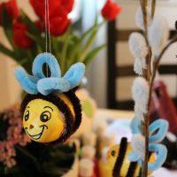 DIY Ostereier basteln HUMMEL & MAUS mit Pfeiffenreinigern #Ostern #DIY #Basteln