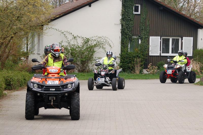 Rundfahrten: Auf dem Gelände des SOS-Kinderdorfes.