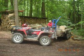 Rückewagen: das ATV wurde regelmäßig fürs Holz genutzt.