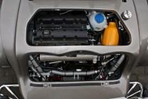 Ales in Reihe: Vierzylindermotor von Peugeot mit 140 PS und 2 Liter Hubraum.