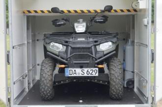 Und zack! - Drin! Der SP 5000 nimmt ein ATV problemlos auf.