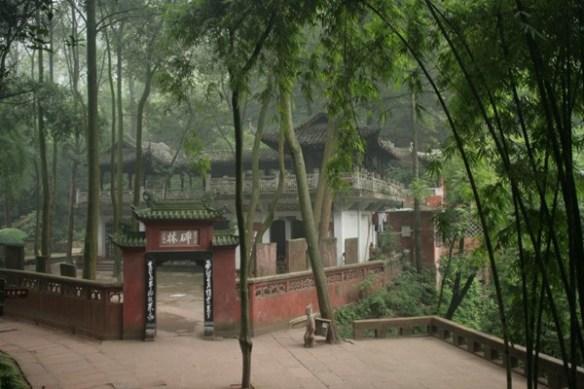 Dernier temple avant le monumental Bouddha