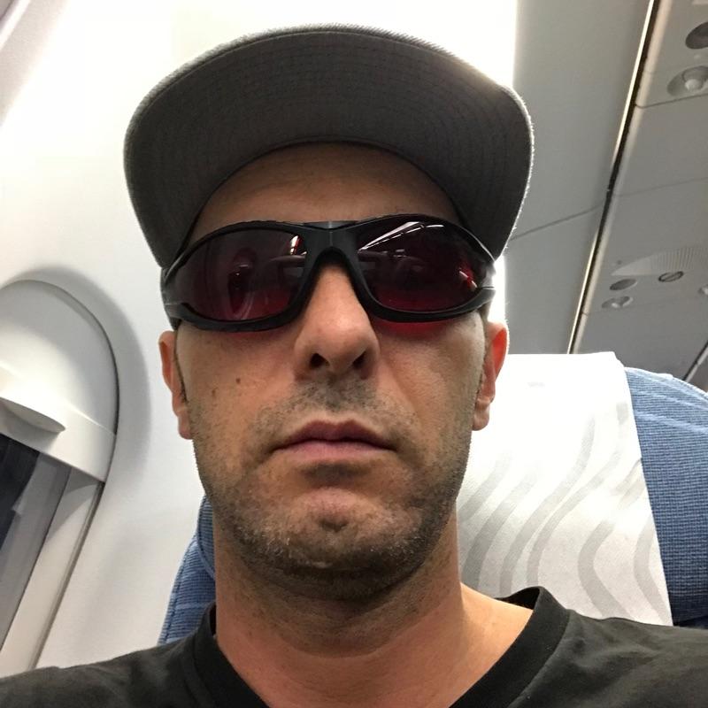 TrueDark Glasses for Jet Lag
