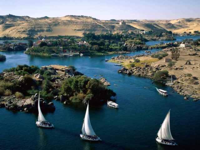 Nile_River_Aswan_Egypt