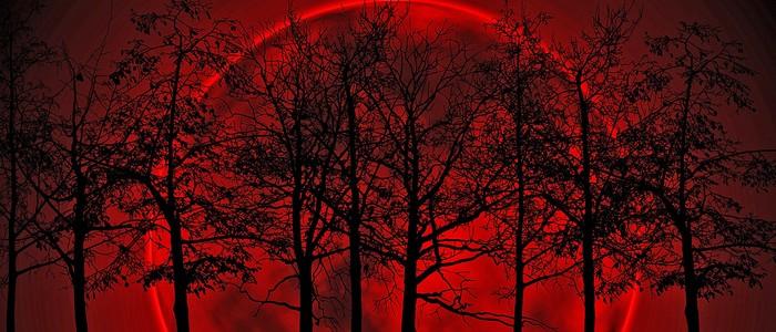 A treia lună roșie – 4 aprilie 2015