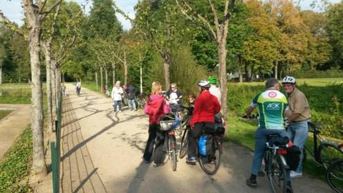 Kurze Rast im Schloßgarten von Dieburg