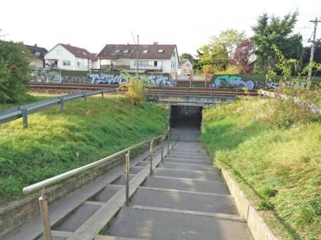 Bahnunterfuehrung-in-Muehlheim