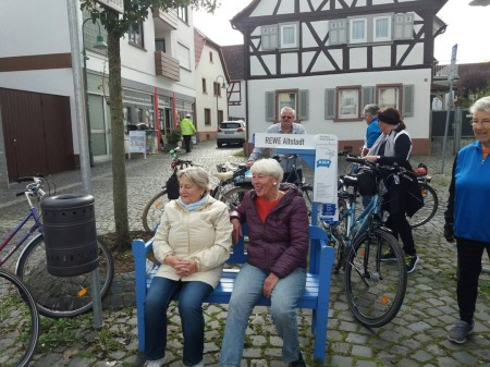 BLaue Bank in Dietzenbach