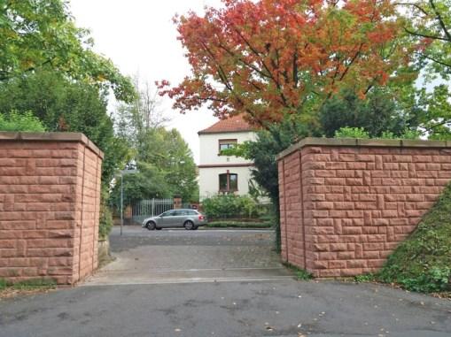 Durchfahrt-zum-Main-in-OF-Buegel
