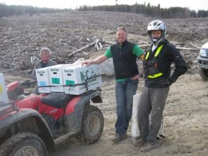 planting-tree-seedlings-quastuco-crew