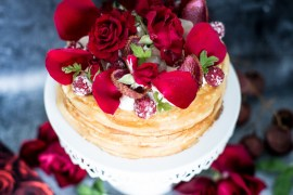 GATEAU CREPES ROSE