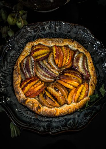 Tarte rustique pêches Magali ANCENAY Photographe Culinaire