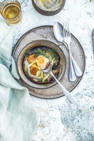 Noix de saint-jacques et topinambours à la sauce à l'ail noir - Magali ANCENAY