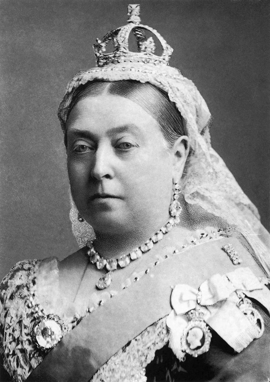 espido-freire-reina-victoriaI