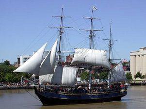 El barco de 'Piratas del Caribe', asaltado por ladrones