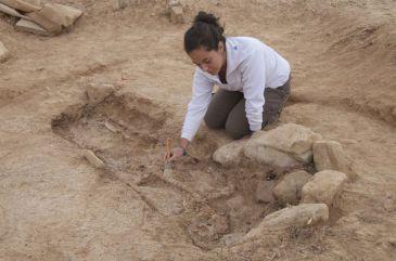Aparecen enterramientos tardoimperiales en las excavaciones del santuario astronómico de Segeda