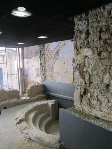 El centro cívico Pati Llimona reabre con restos arqueológicos de la Barcino romana