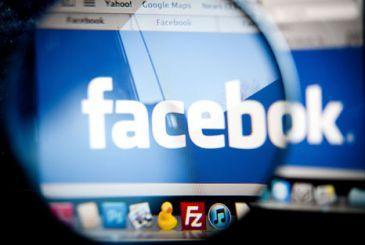 Invita por Facebook a su cumpleaños y van 4.000 personas