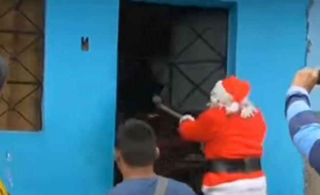 Un grupo de 'Papás Noeles' detiene en Perú a unos narcotraficantes