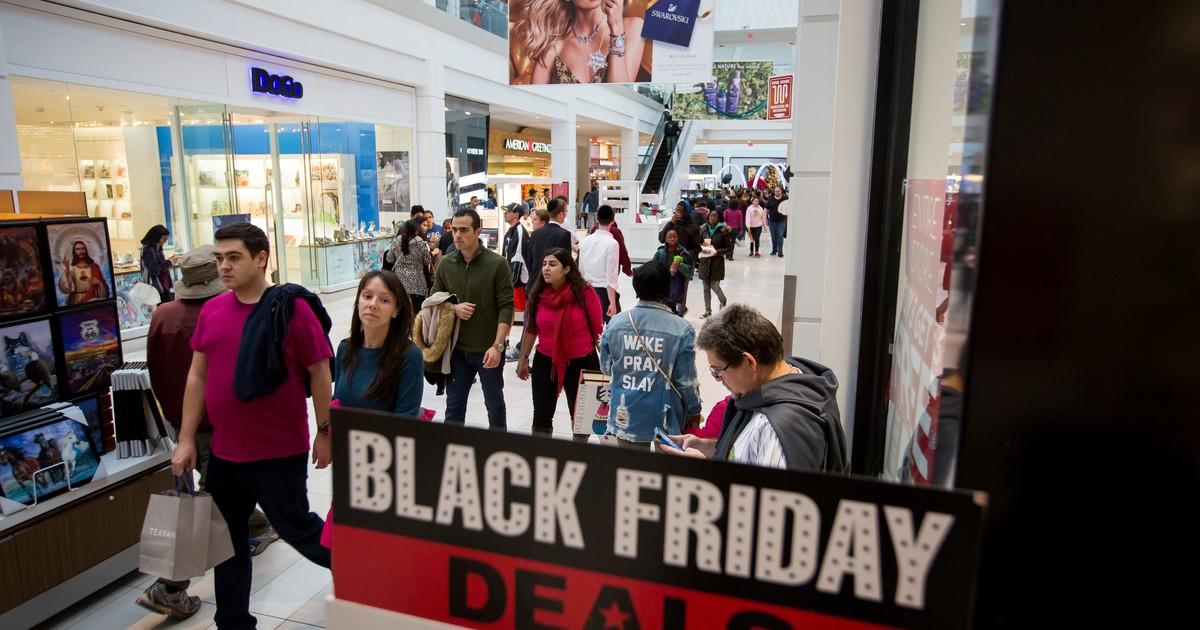 Ya hacen filas por el Black Friday