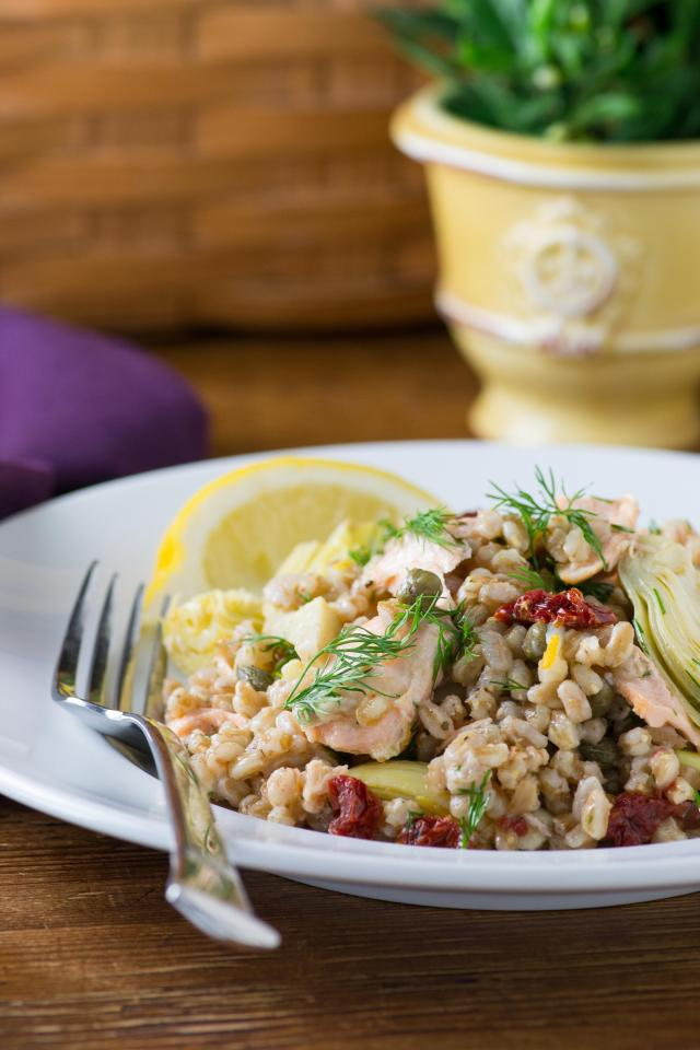 Farro Salmon Salad - A bright, nutritious, seafood salad made with ancient grains and dressed in a simple lemon vinaigrette. | QueenofMyKitchen.com