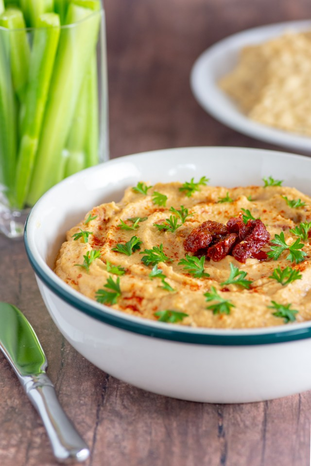 Sun Dried Tomato Red Lentil Hummus – An easy, healthy appetizer with savory flavor and vibrant color. Great for parties. |QueenofMyKitchen.com|#dip #appetizer #appetizers #easyappetizer #easyappetizers #veganappetizer #glutenfreeappetizer #dairyfreeappetizer #vegan #glutenfree #dairyfree