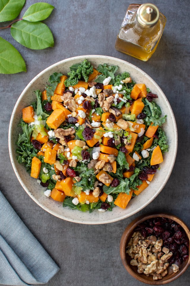 Sweet Potato Kale Salad with Cranberries, Walnuts, and Goat Cheese – Healthy, colorful, and delicious, this salad has it all! #salad #kale #kalesalad #sweetpotatoes #sweetpotatosalad #salads