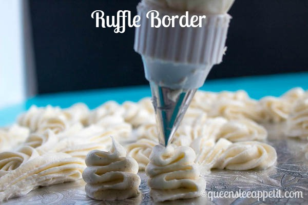How to Pipe Cake Borders + How to Prepare a Piping Bag