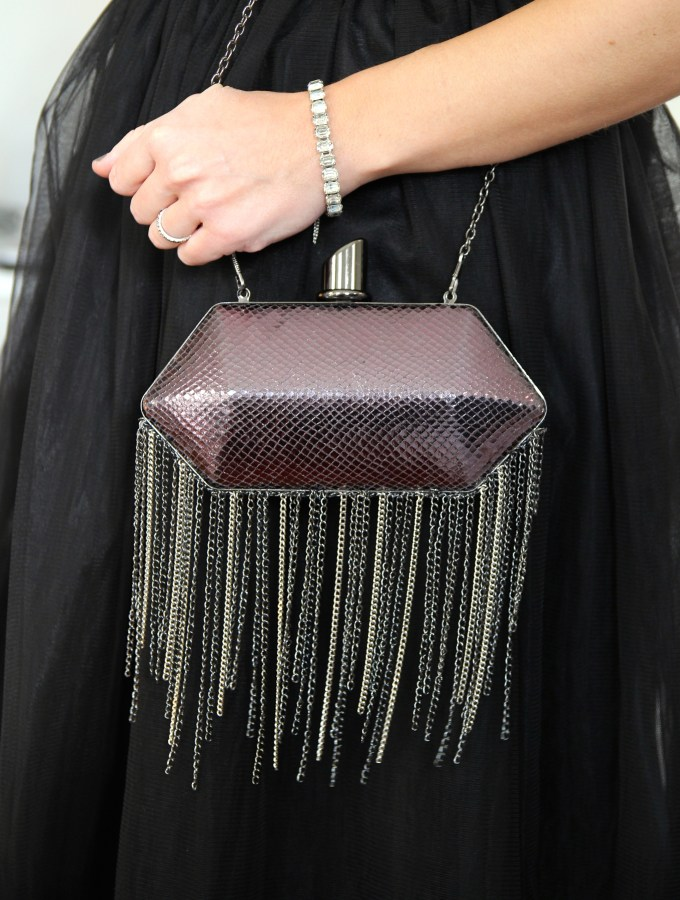 DIY HOUSE OF HARLOW 1960 INSPIRED CHAIN FRINGE CLUTCH